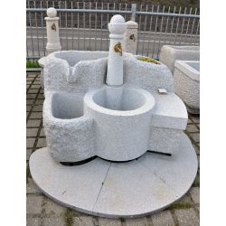 Fountain with 2 basins with fresh water, bench, flower trough and floor plates, no. 1493