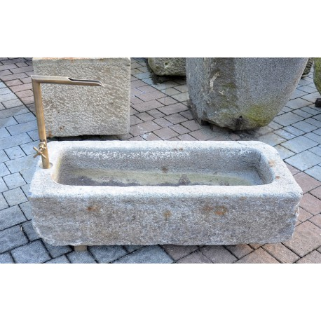 Old small fedding trough with tap with open watercourse no. 2062